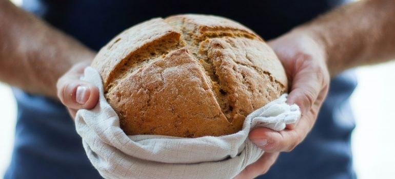 """Unser tägliches Brot gib uns heute"""
