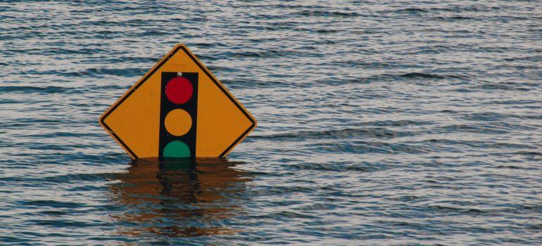 Die Flut kommt – Eine Geschichte vom »gar nicht so lieben« Gott?!