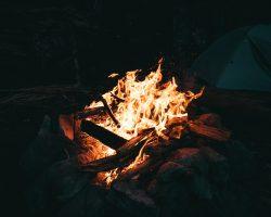 Stockbrot, Grillbananen, Folienkartoffeln und coole Geschichten