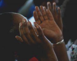 Gott verteilt Geschenke: Keine Angst vor dem Sprachengebet