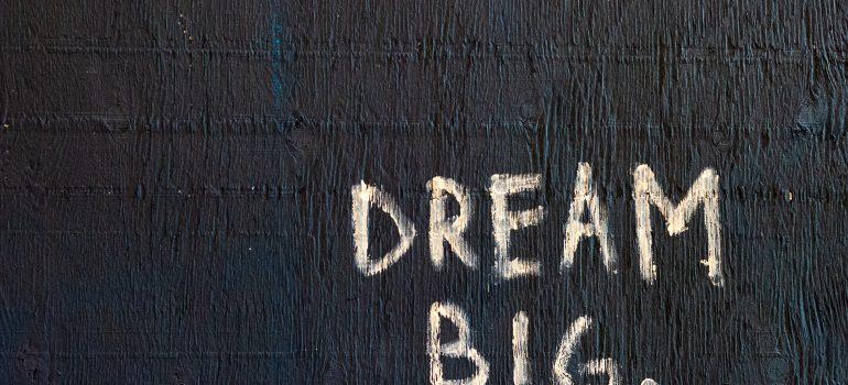 Zerrissen zwischen Traum und Alltag – Moses Weg zur Berufung