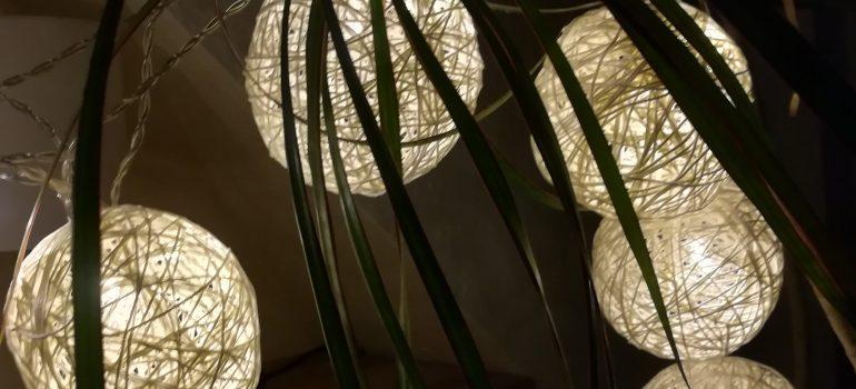 Wollkugel-Lichterkette